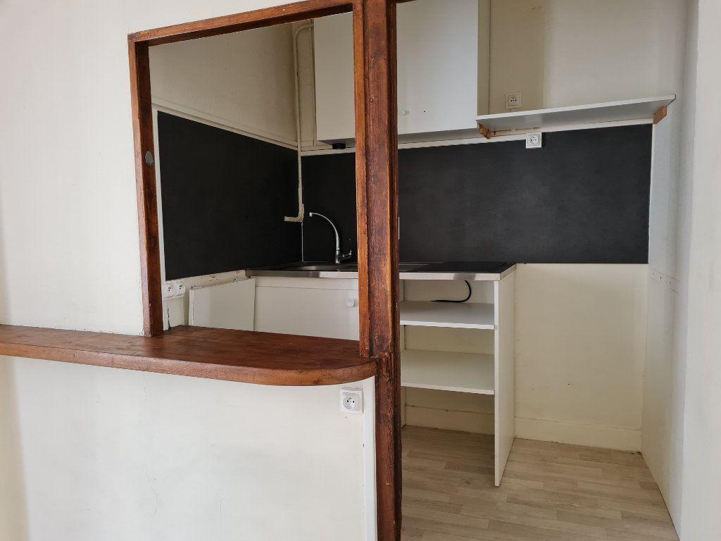 Appartement à louer 2 29.05m2 à Meaux vignette-2