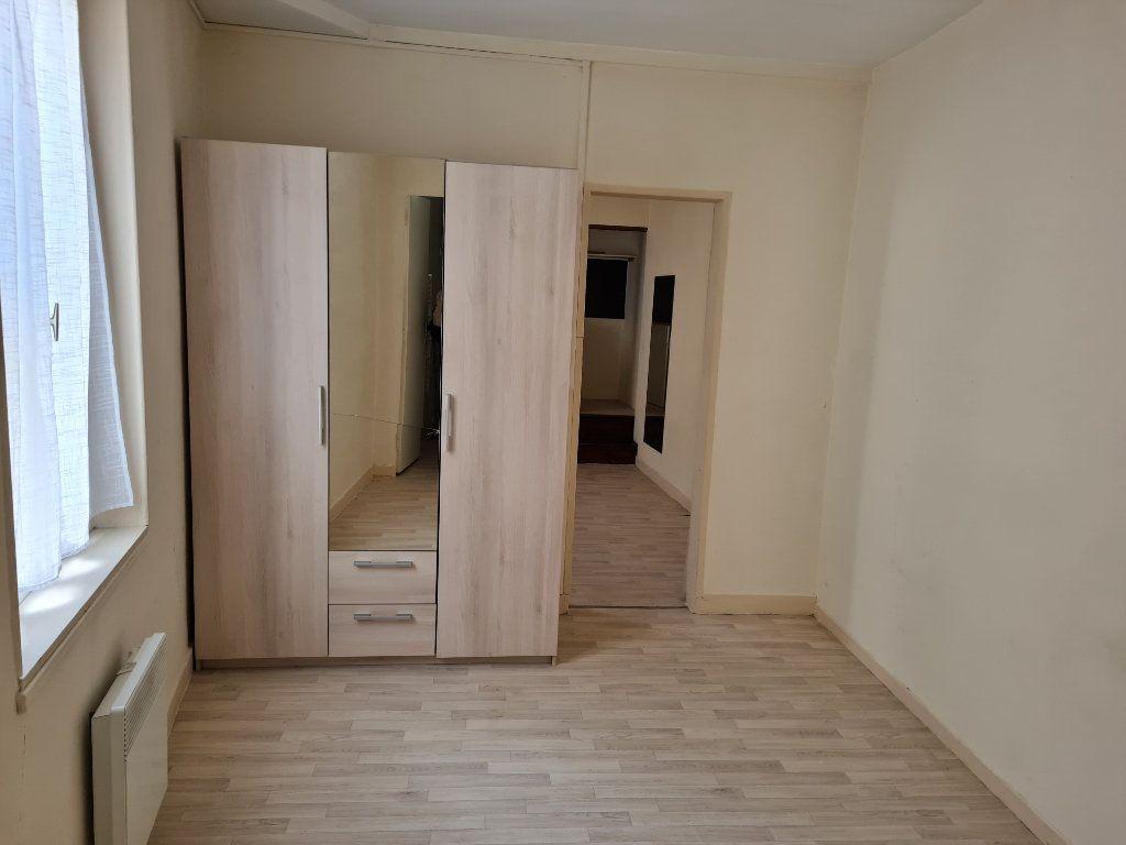 Appartement à louer 2 29.05m2 à Meaux vignette-3