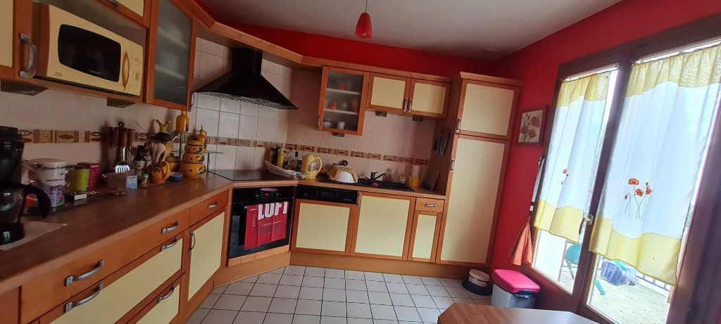 Maison à vendre 5 95m2 à La Ferté-sous-Jouarre vignette-3