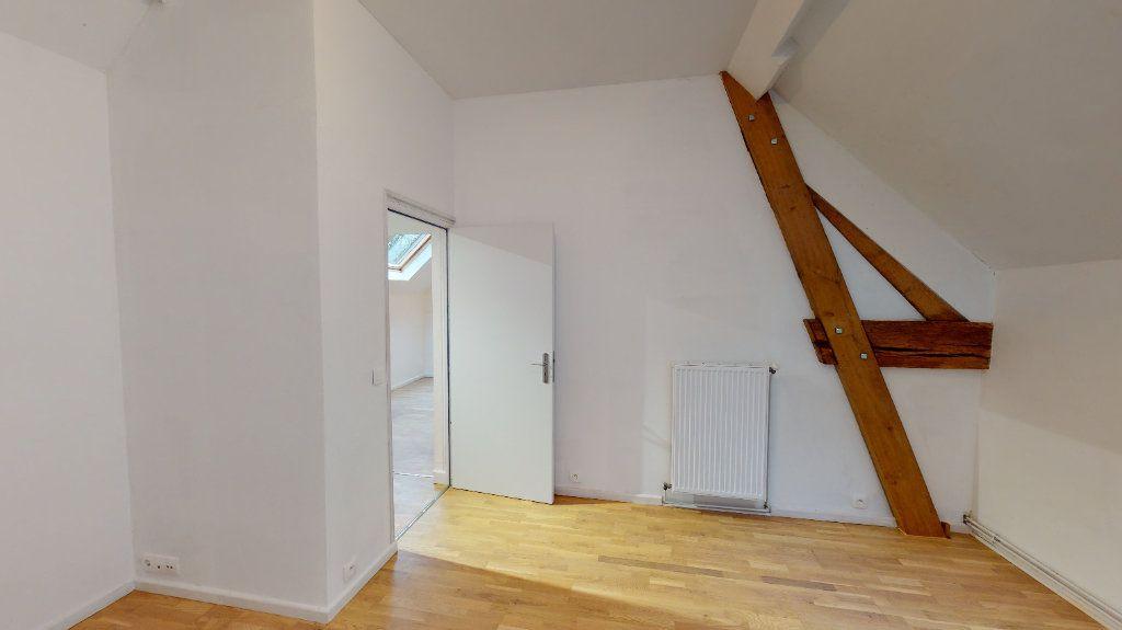 Appartement à louer 3 101.21m2 à Nanteuil-lès-Meaux vignette-4