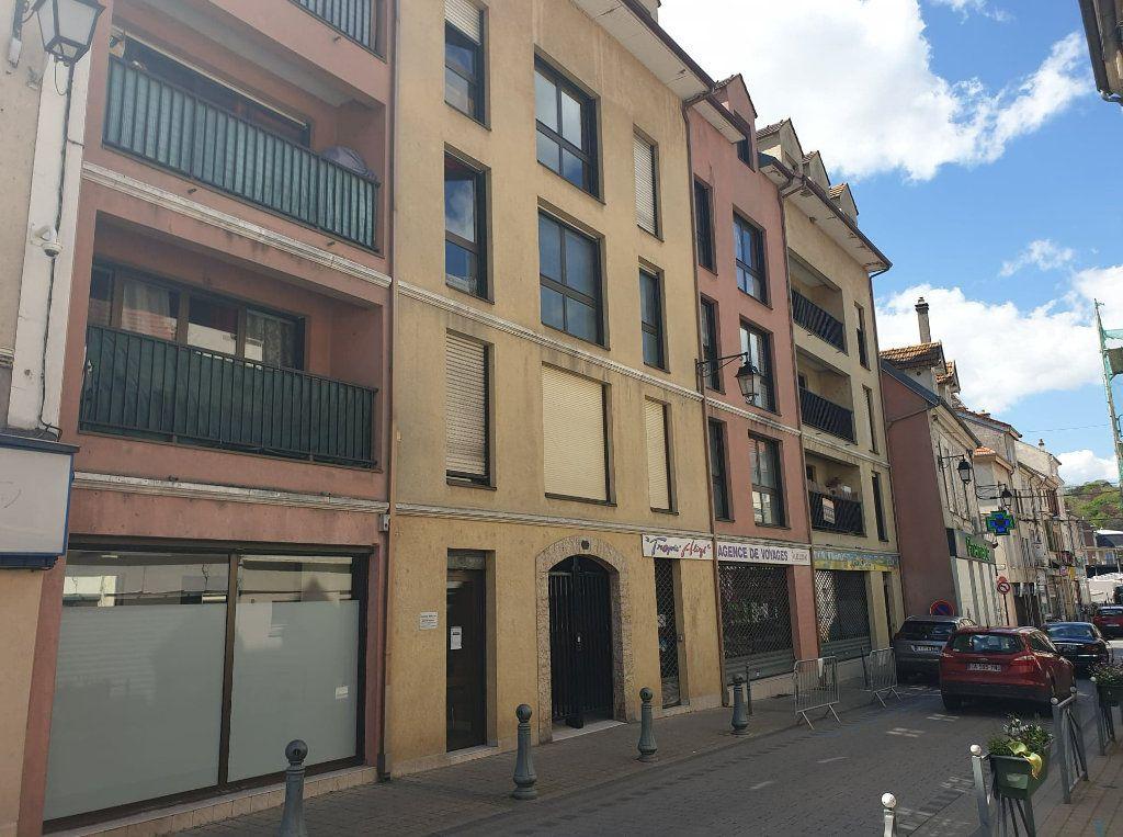 Appartement à vendre 1 32m2 à La Ferté-sous-Jouarre vignette-1