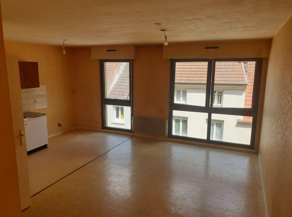 Appartement à vendre 1 32m2 à La Ferté-sous-Jouarre vignette-2