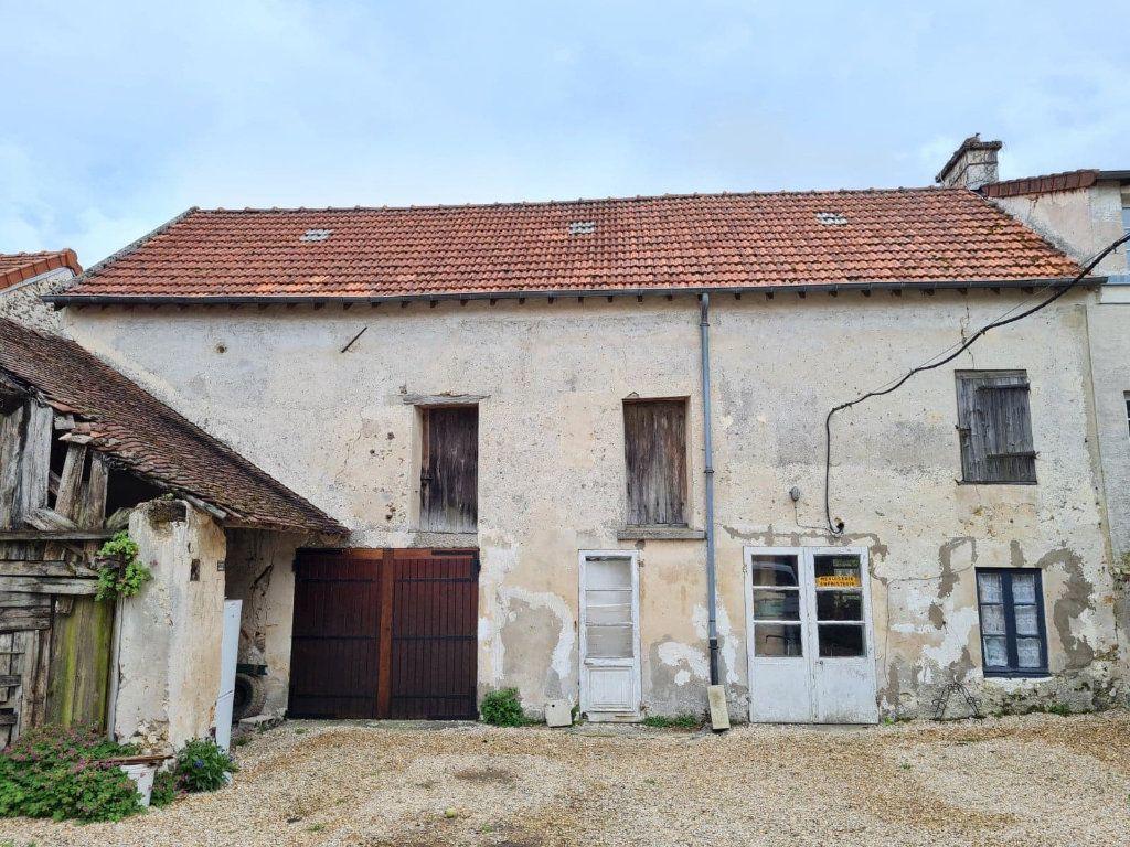 Maison à vendre 3 150m2 à La Ferté-sous-Jouarre vignette-1