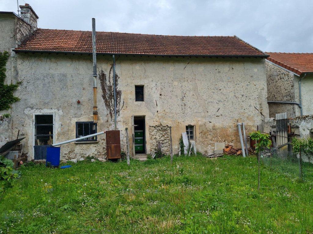 Maison à vendre 3 150m2 à La Ferté-sous-Jouarre vignette-2