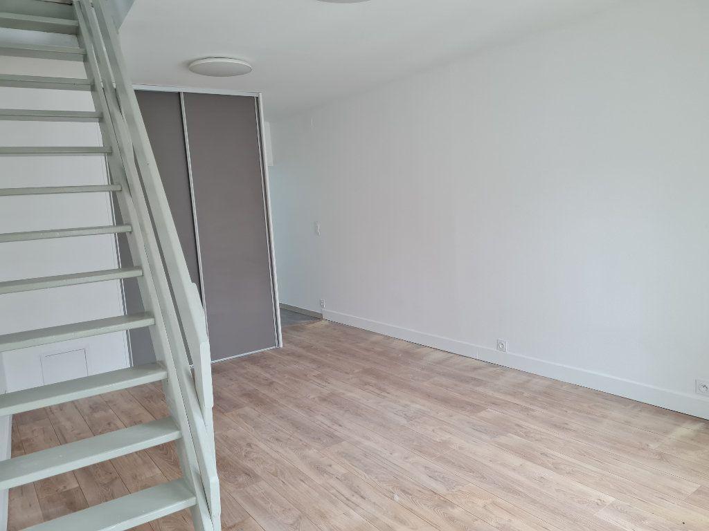 Appartement à louer 2 38.65m2 à Meaux vignette-2