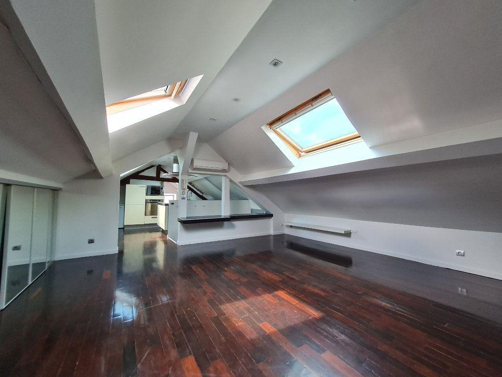 Appartement à louer 1 26.2m2 à Villenoy vignette-2