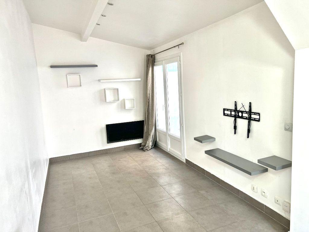 Appartement à louer 1 29m2 à Villenoy vignette-1