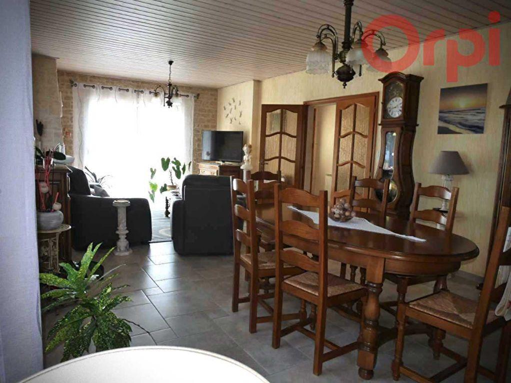 Maison à vendre 6 129m2 à Longeville-sur-Mer vignette-4