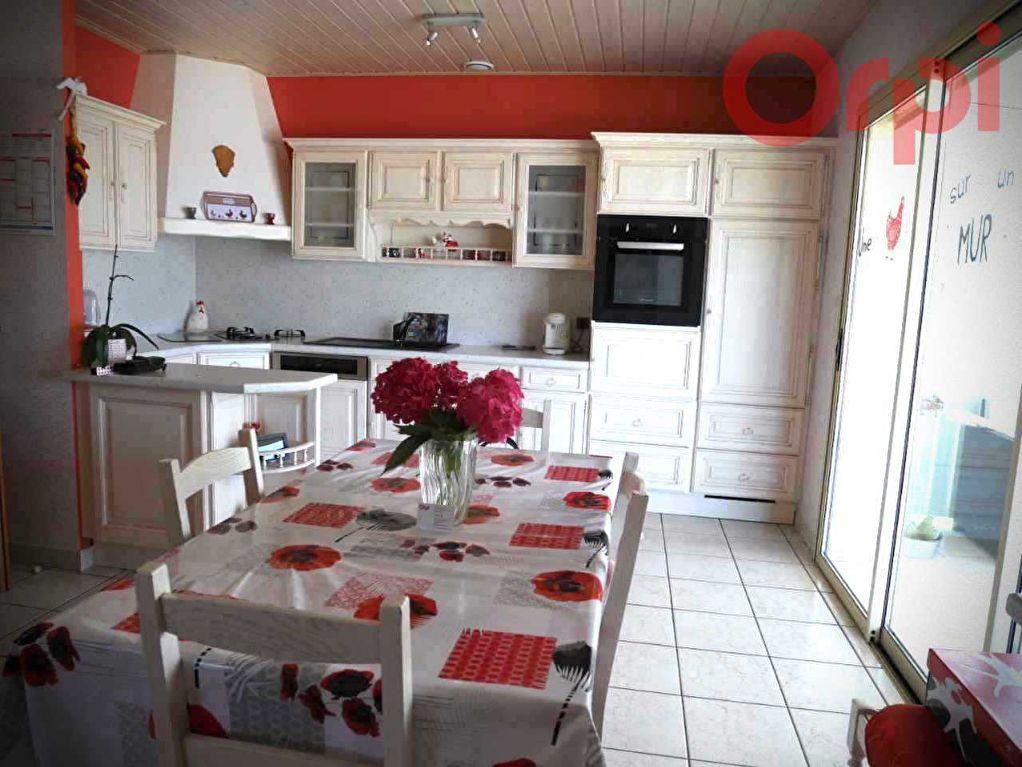 Maison à vendre 6 129m2 à Longeville-sur-Mer vignette-5