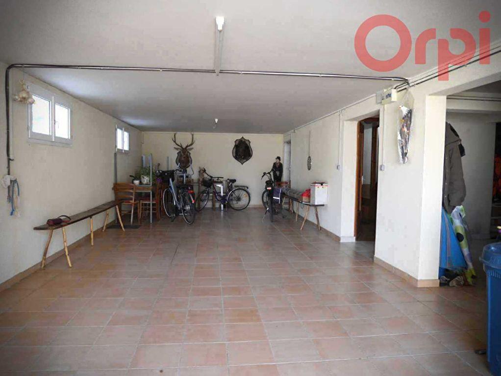 Maison à vendre 6 129m2 à Longeville-sur-Mer vignette-6