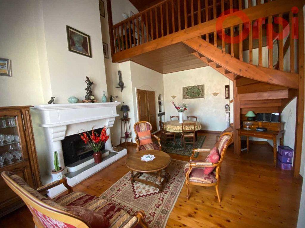 Maison à vendre 7 156m2 à Longeville-sur-Mer vignette-4