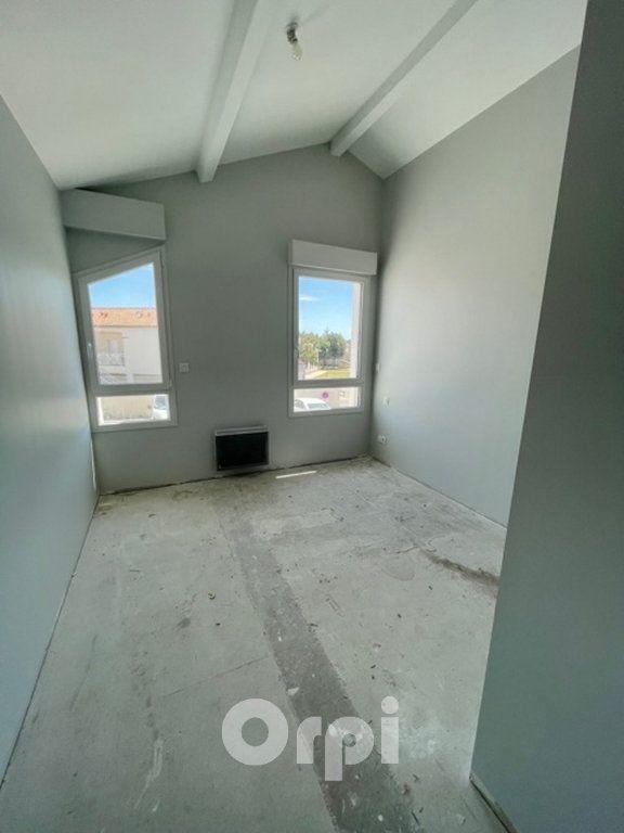 Appartement à vendre 4 93m2 à Jard-sur-Mer vignette-3