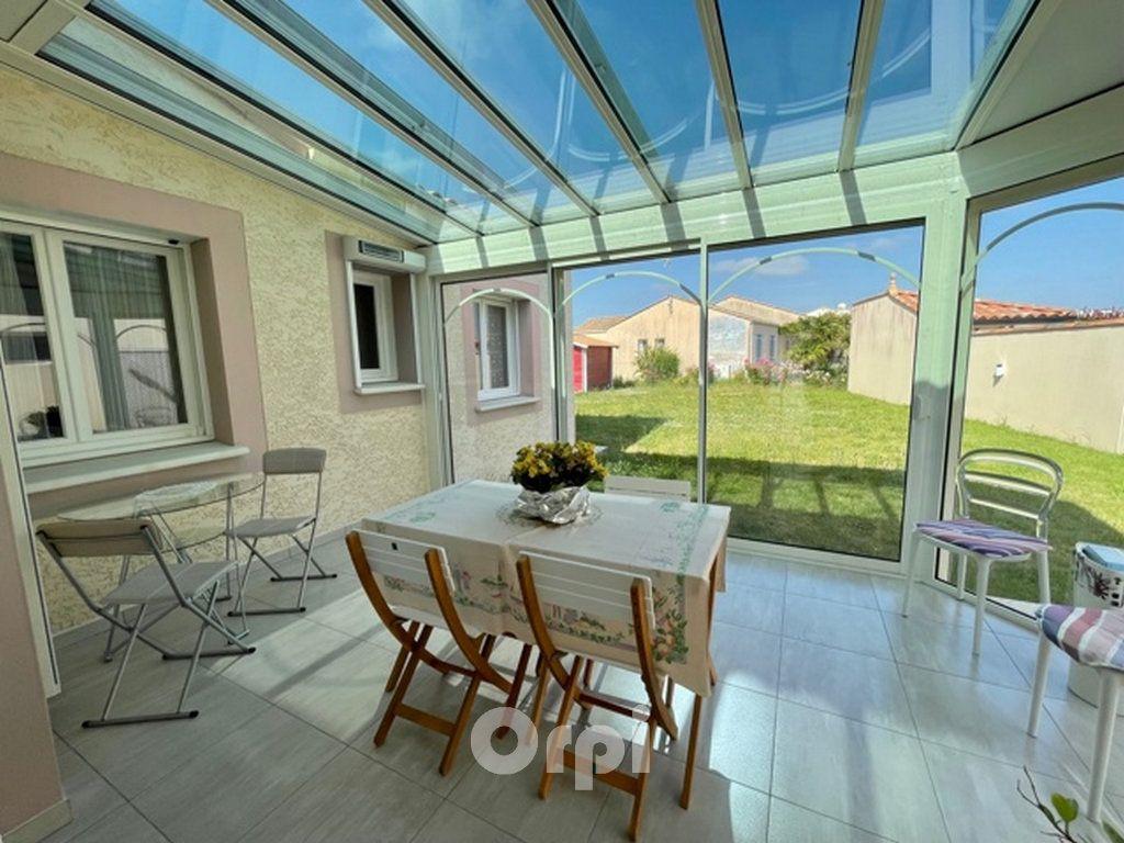 Maison à vendre 5 114m2 à Jard-sur-Mer vignette-2