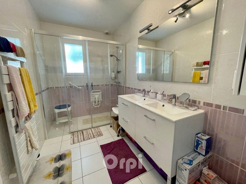 Maison à vendre 5 114m2 à Jard-sur-Mer vignette-4