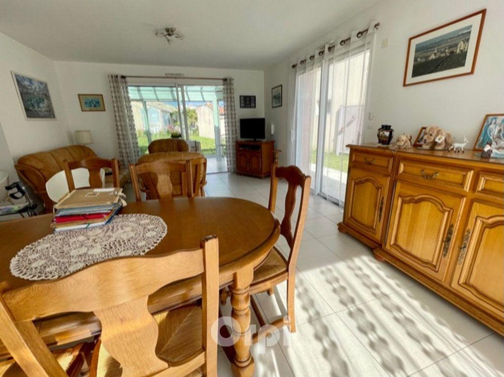 Maison à vendre 5 114m2 à Jard-sur-Mer vignette-6