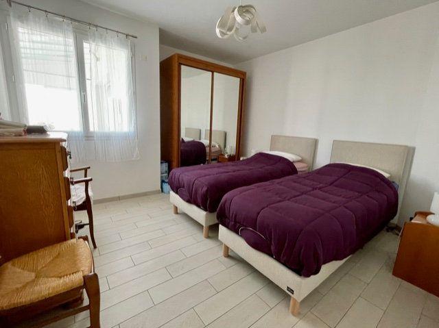 Maison à vendre 5 114m2 à Jard-sur-Mer vignette-7