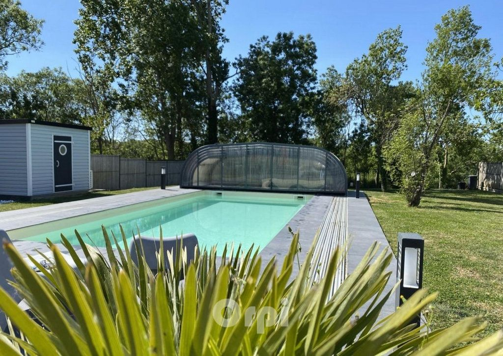 Maison à vendre 7 147.38m2 à Saint-Vincent-sur-Jard vignette-3