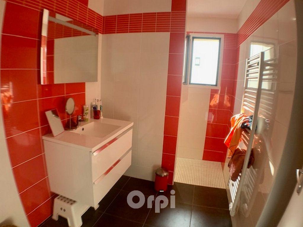 Maison à vendre 7 147.38m2 à Saint-Vincent-sur-Jard vignette-7