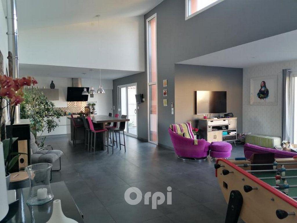 Maison à vendre 7 147.38m2 à Saint-Vincent-sur-Jard vignette-11