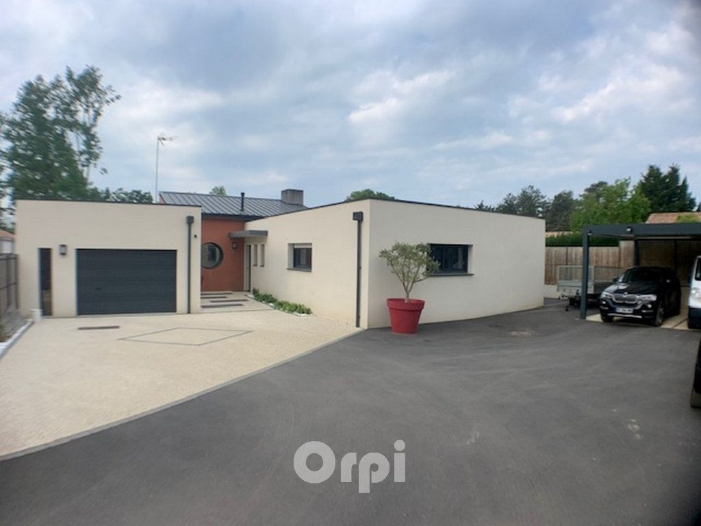 Maison à vendre 7 147.38m2 à Saint-Vincent-sur-Jard vignette-12