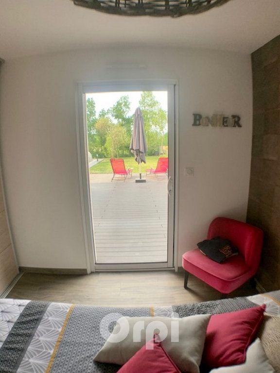 Maison à vendre 7 147.38m2 à Saint-Vincent-sur-Jard vignette-13