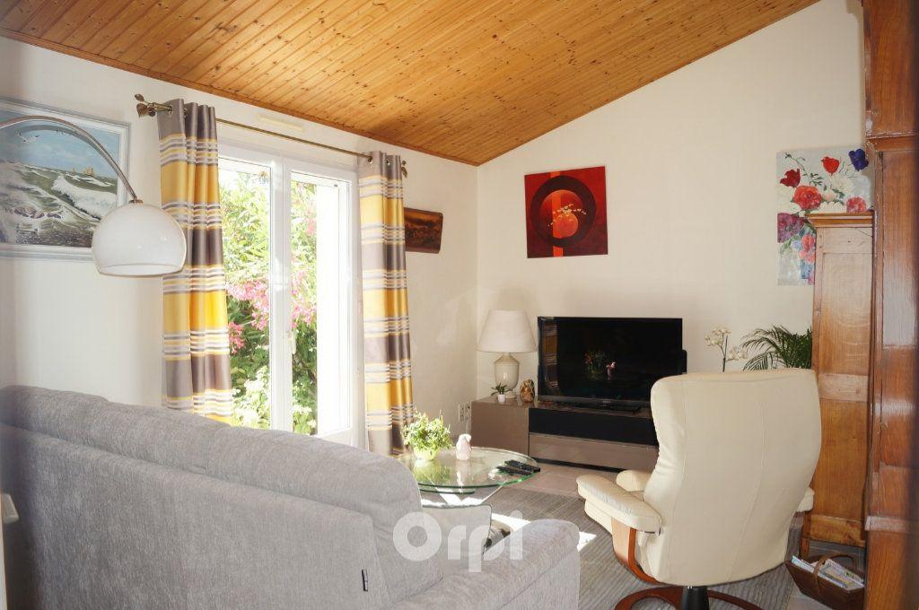 Maison à vendre 5 103.5m2 à Jard-sur-Mer vignette-6