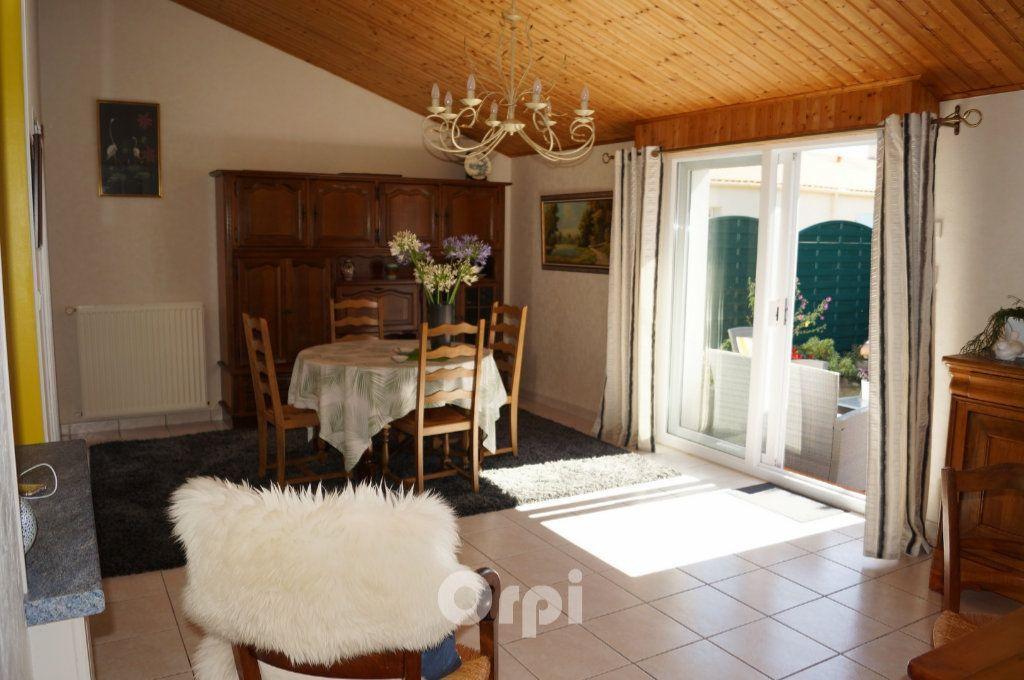 Maison à vendre 5 103.5m2 à Jard-sur-Mer vignette-7