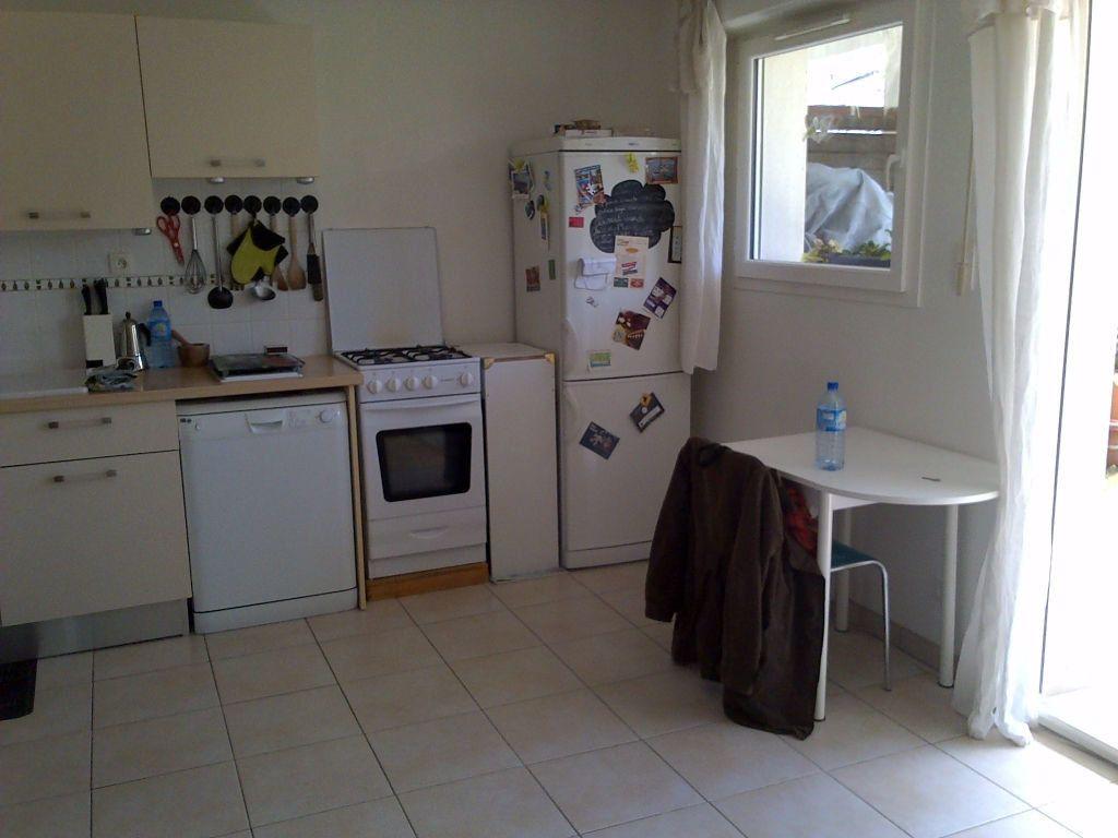 Appartement à louer 2 37.5m2 à Puilboreau vignette-3