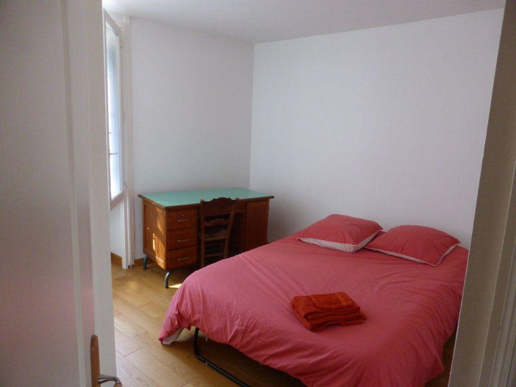 Appartement à vendre 3 63.21m2 à La Rochelle vignette-4