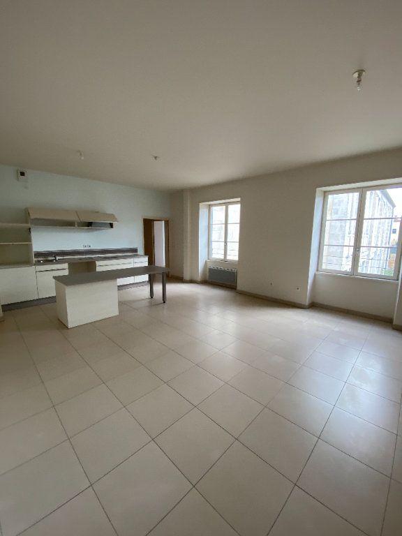 Appartement à vendre 2 64.4m2 à La Rochelle vignette-1