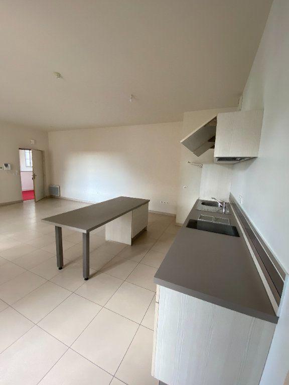 Appartement à vendre 2 64.4m2 à La Rochelle vignette-3