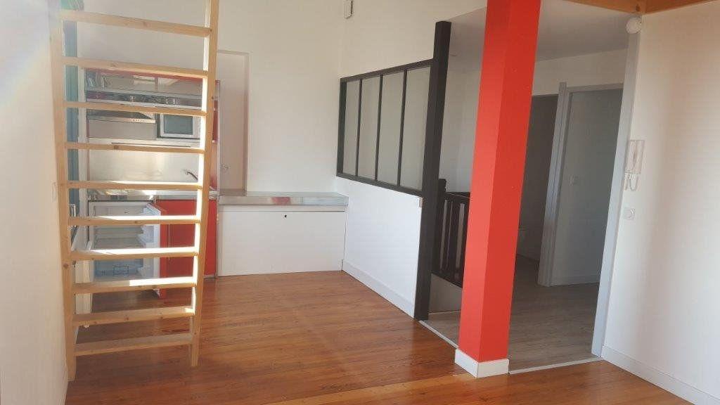 Appartement à vendre 2 40.59m2 à La Rochelle vignette-1