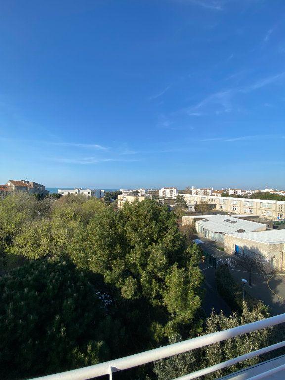 Appartement à vendre 6 142.69m2 à La Rochelle vignette-2