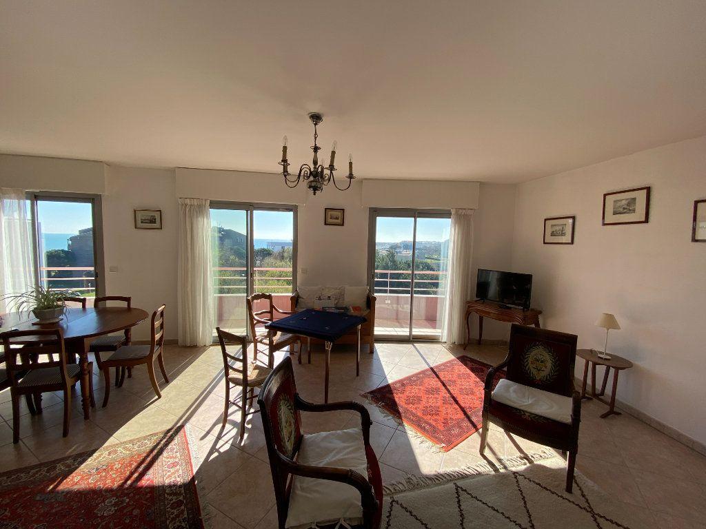 Appartement à vendre 6 142.69m2 à La Rochelle vignette-6