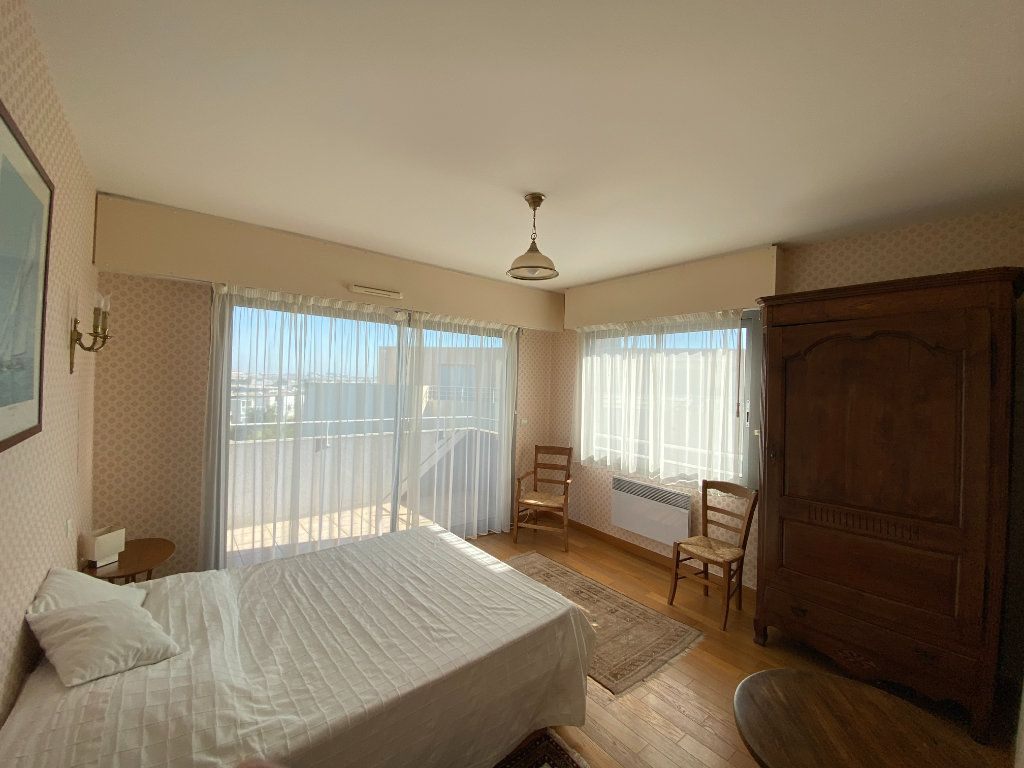 Appartement à vendre 6 142.69m2 à La Rochelle vignette-7