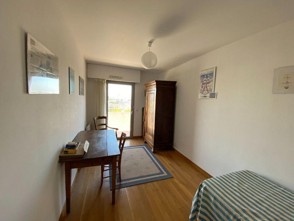 Appartement à vendre 6 142.69m2 à La Rochelle vignette-9