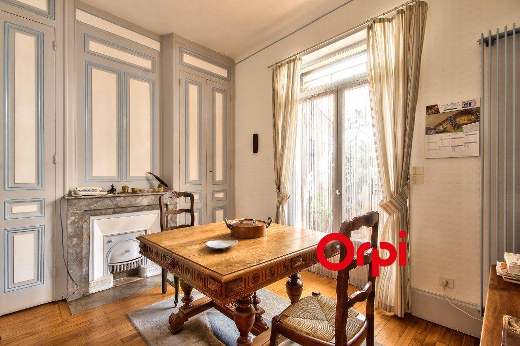 Maison à vendre 5 120m2 à Lyon 3 vignette-2