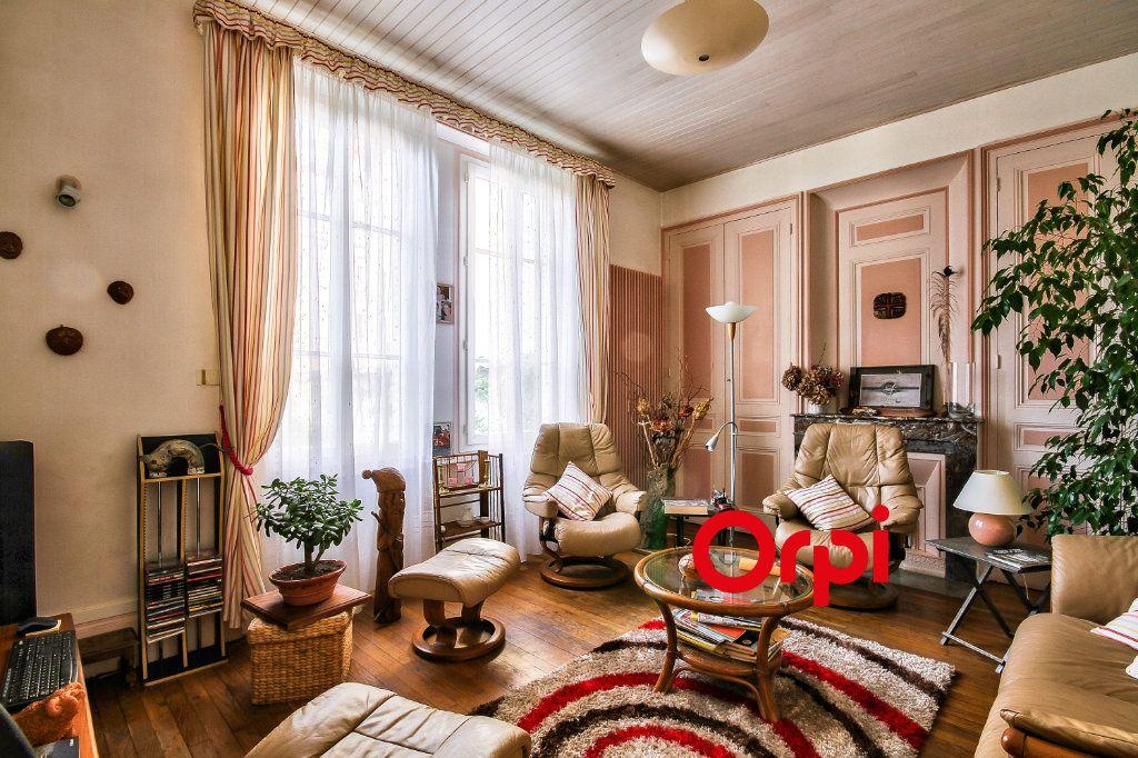 Maison à vendre 5 120m2 à Lyon 3 vignette-3