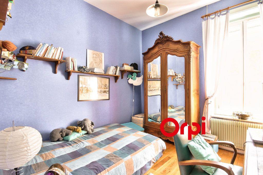 Maison à vendre 5 120m2 à Lyon 3 vignette-9