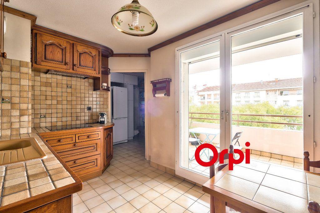 Appartement à vendre 4 100m2 à Lyon 3 vignette-10