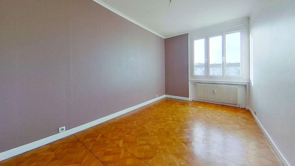 Appartement à vendre 3 72m2 à Lyon 8 vignette-4