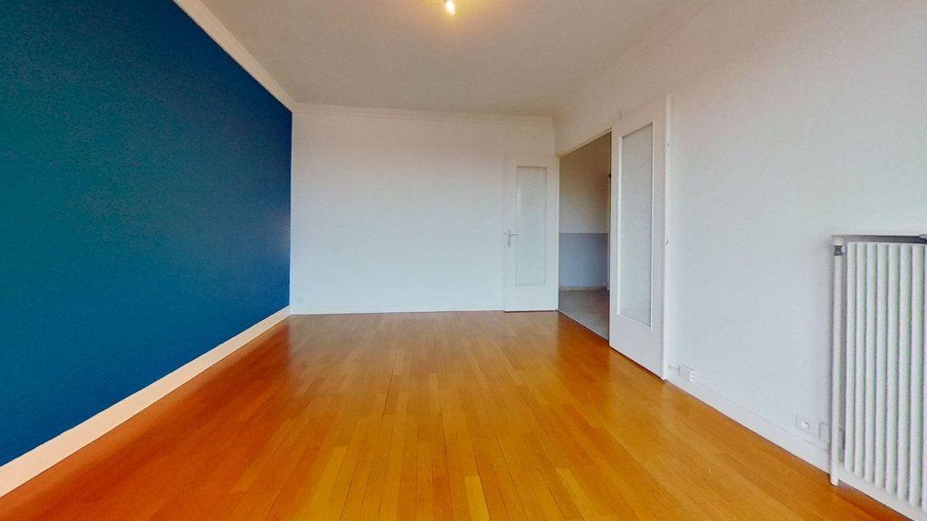 Appartement à vendre 3 72m2 à Lyon 8 vignette-6