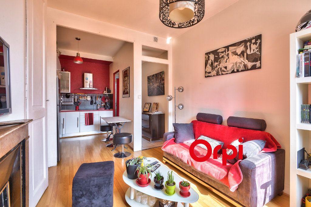 Appartement à vendre 2 38m2 à Villeurbanne vignette-11