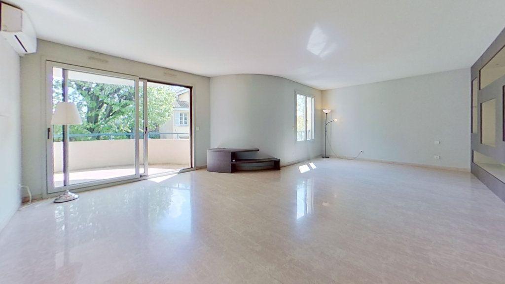 Appartement à vendre 4 105m2 à Lyon 3 vignette-1
