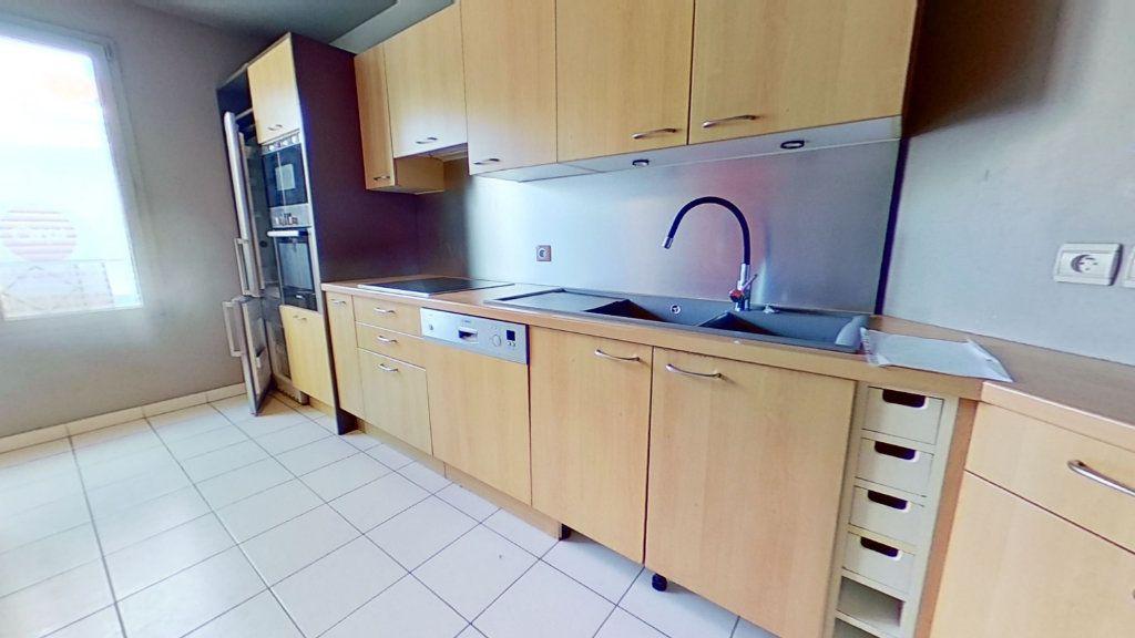 Appartement à vendre 4 105m2 à Lyon 3 vignette-9