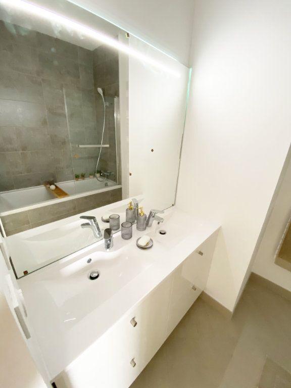 Appartement à vendre 4 106m2 à Toulouse vignette-5
