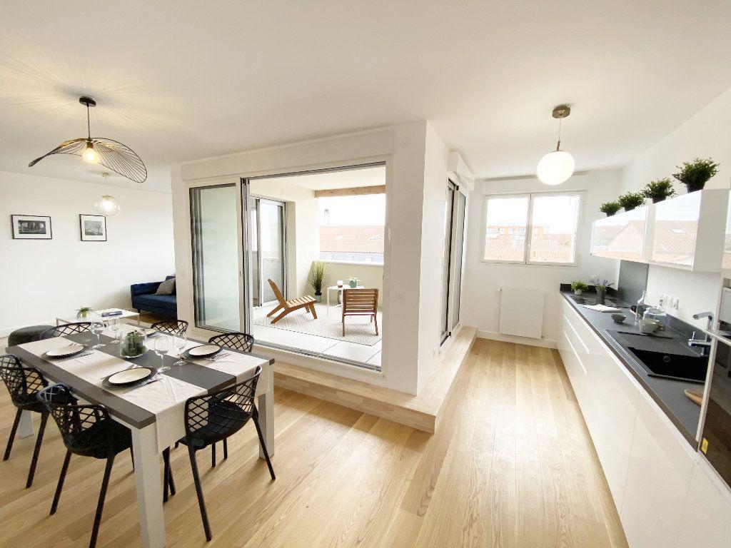 Appartement à vendre 4 88m2 à Toulouse vignette-3