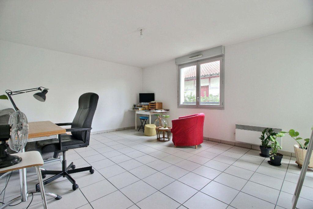 Appartement à vendre 3 62.37m2 à Toulouse vignette-4