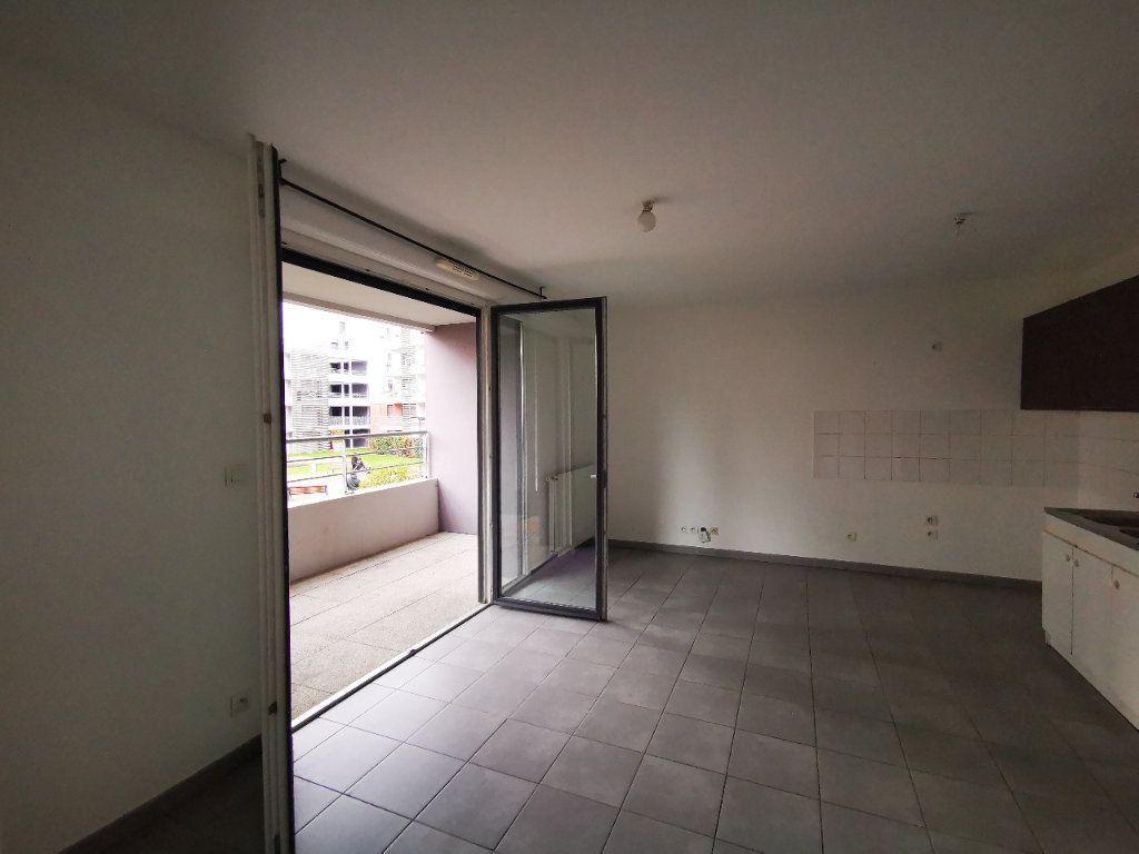 Appartement à vendre 3 54m2 à Toulouse vignette-4