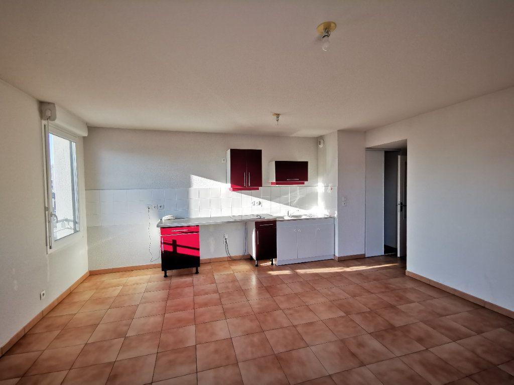 Appartement à vendre 3 59m2 à Toulouse vignette-3